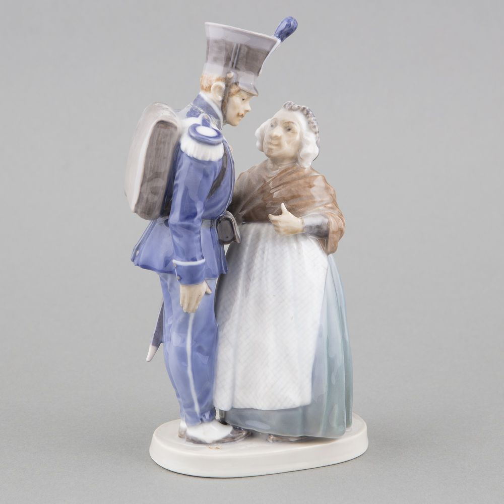 Porcelain figurine, Tinderbox soldier and witch (H.C. Andersen: The steadfast tin soldier)